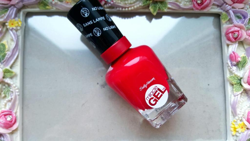 oja-sally-hansen-makeupswan