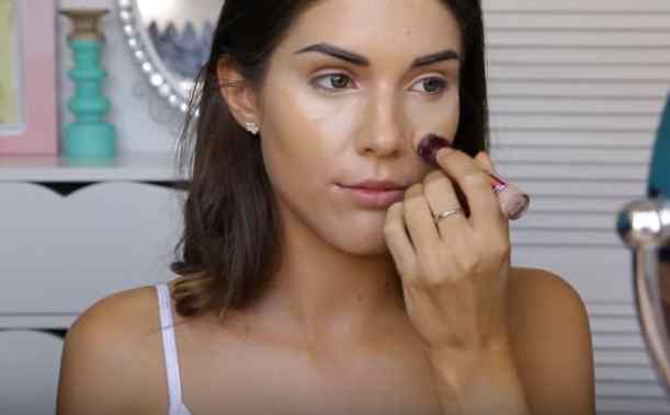 Apply concealer | Glowing Drugstore Makeup Tutorial For Spring & Summer