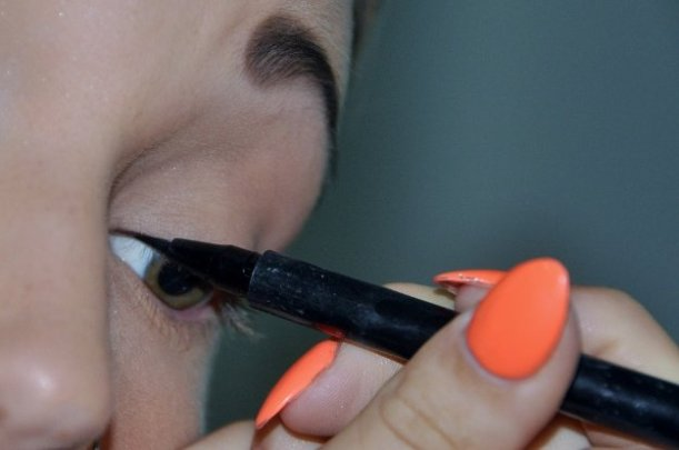 Check out How To Apply Eyeliner at https://makeuptutorials.com/apply-eyeliner-makeup-tutorial/