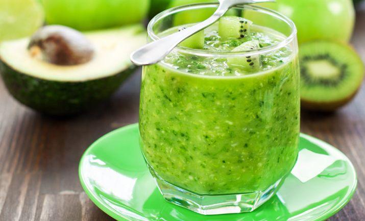 Kiwi-Avocado-Smoothie