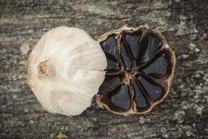 This is What Happens When You Consume Black Garlic Everyday