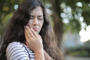 Treatment Options to Help You Avoid Sleepless Nights Caused by Toothache