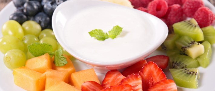 Honey Vanilla Fruit Dip – Delicious And Only 4 Ingredients