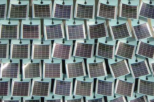 Solar and Wind Leaf Photovoltaic Shingles