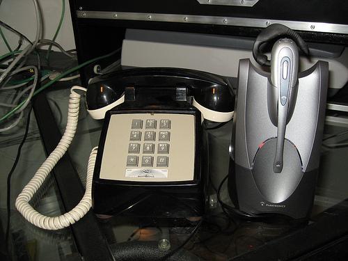 Modding a classic desk phone