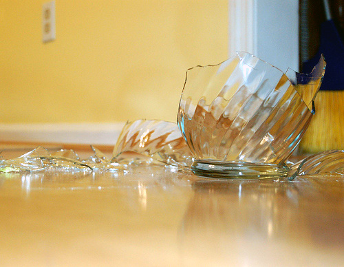 HOW TO – Shatter glass with your voice