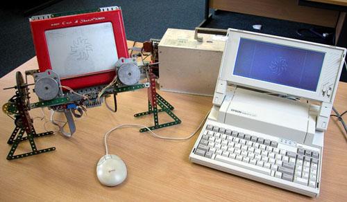 Computerized Etch A Sketch @ Maker Faire