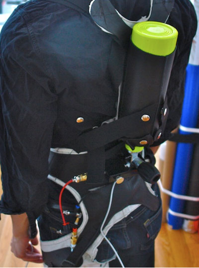 Pneumatic exoskeleton makes lifting a breeze