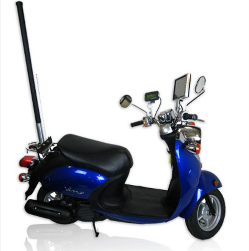 Mobile scooter communications hub