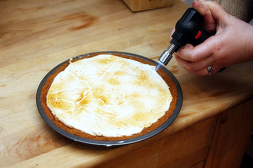 HOW TO – Make S'more Pie