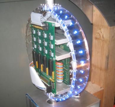 LED spinning globe will dazzle you