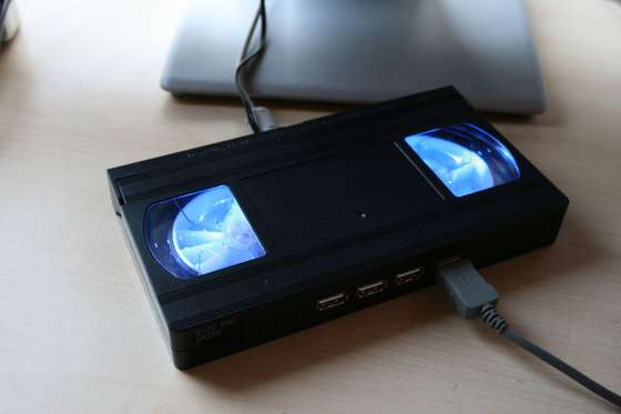 Glowing VHS tape USB hub will make you remember the good old days