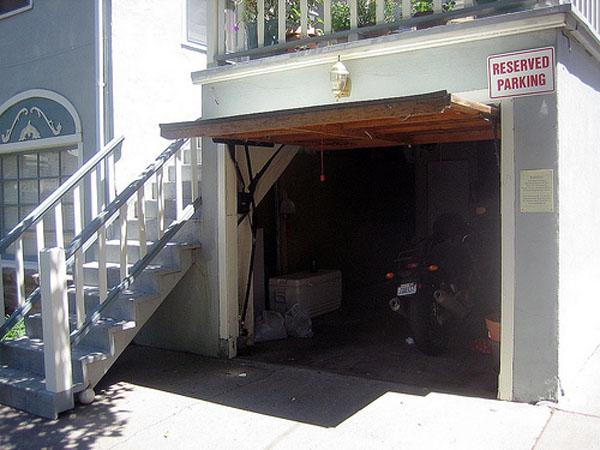 DIY: Garage Door Monitor