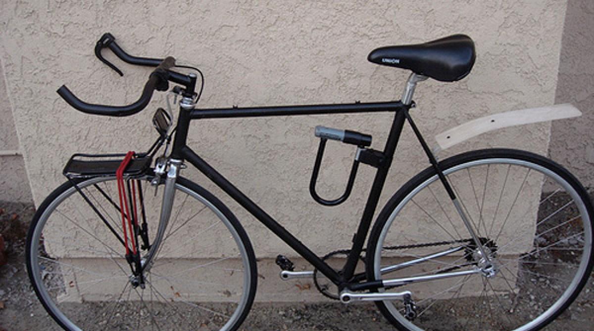 Diy front wheel bike rack make for Making bicycle wheels