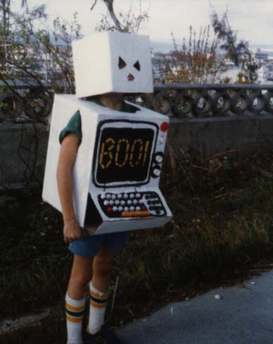 Computer costume from the 80s will make you revisit DOS