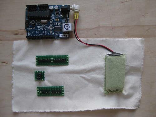 Fabric arduino shield