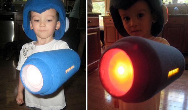 Mega Man costume looks powerful!