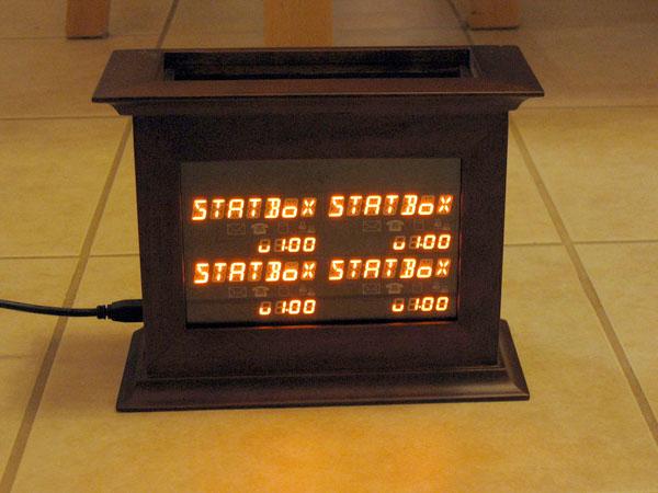 Classy USB status box