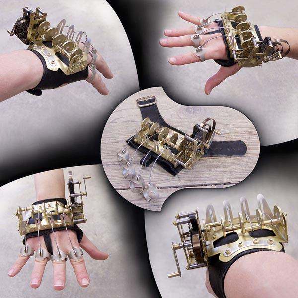Kooky clockwork hand