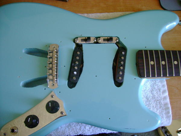 Rewire and customize a Fender Mustang guitar