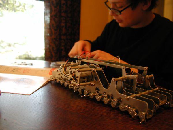 Build: Gakken Mechamo Centipede