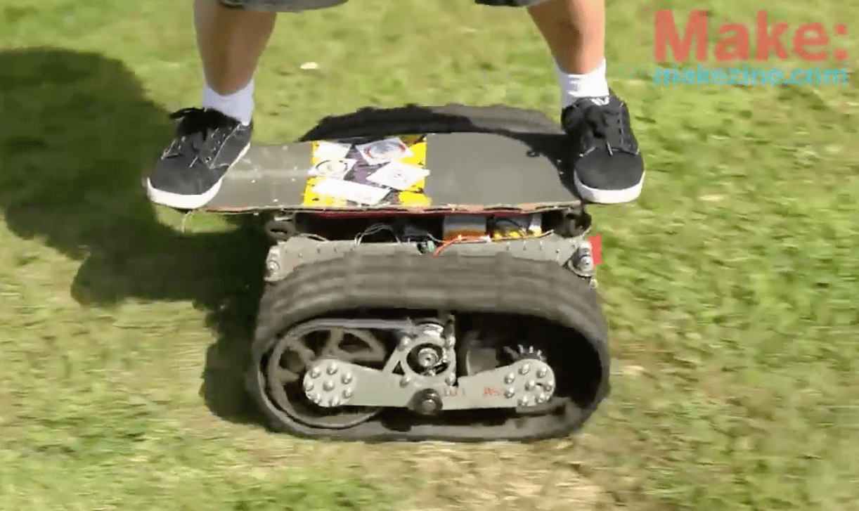 Motorized and Ready for Off-Roading: Tread Skateboard