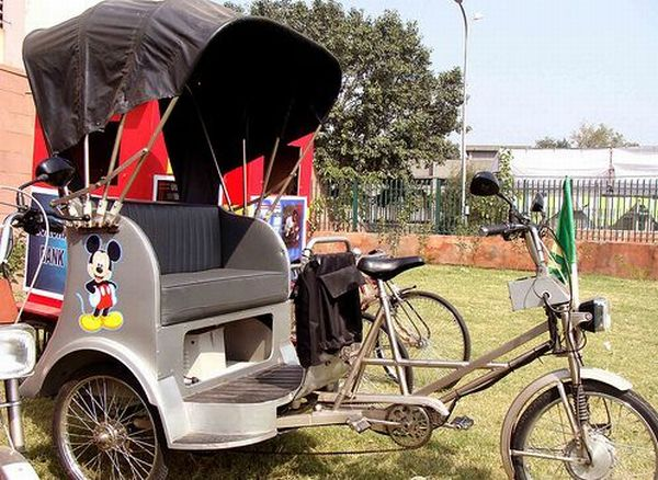 India's solar rickshaws