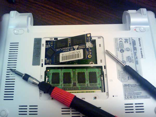 Upgrading the SSD in an EEE PC 900 running XP