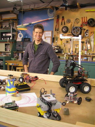 Preview of Miniature Robots on Make: television