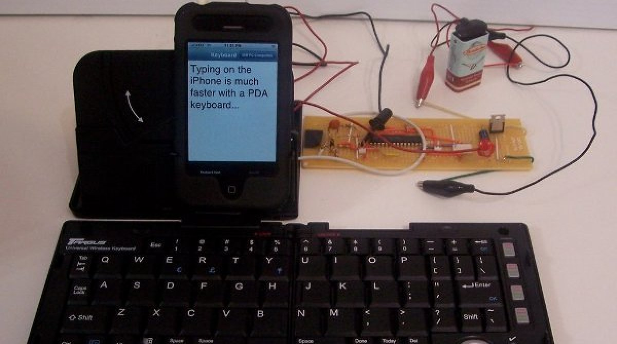 External keyboard for iPhone from our own iPhone Hacks--no