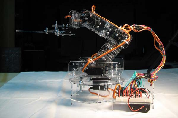 Developing Oomlout's robotic arm