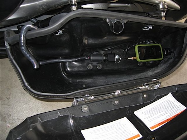 iPhone motorcycle installation