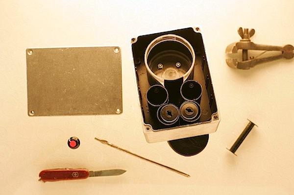Anamorphic pinhole camera of sturdiness