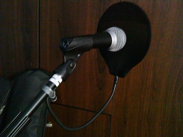 How-To: DIY mic pop filter