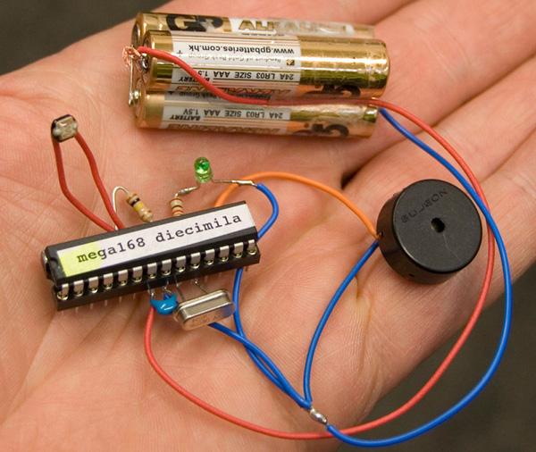 Sleepy Arduino saves power