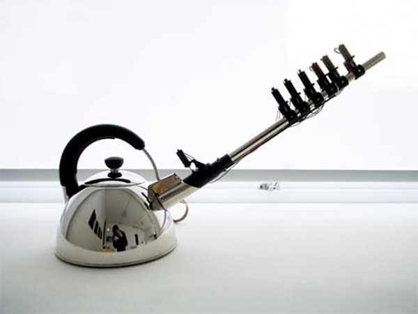 Musical kettle looks like it might be loaded