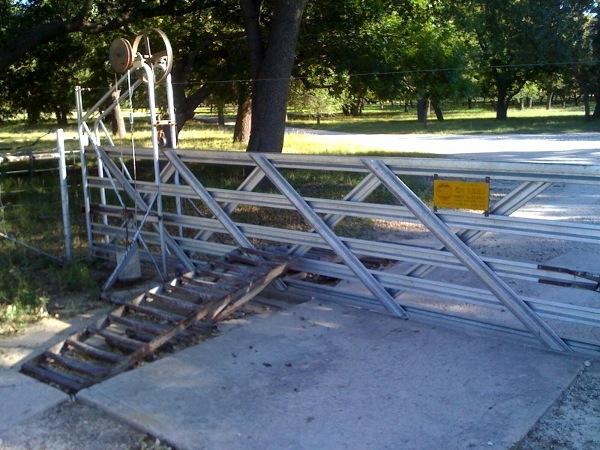 Unpowered mechanical gate opener, part 2