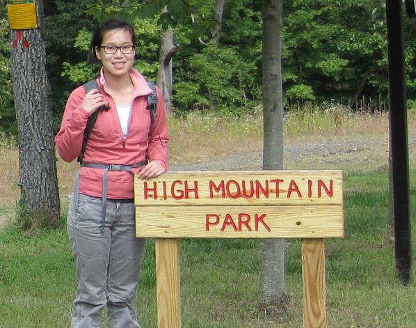 How-To: Set Up an HF Portable Radio While Hiking