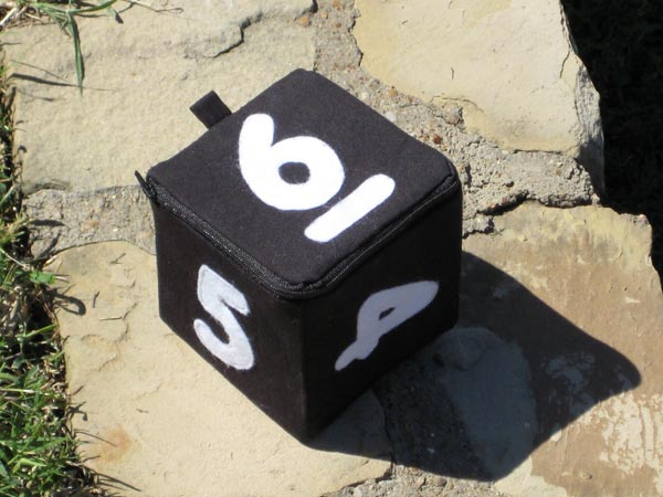 How-To: Make a D6 dice bag