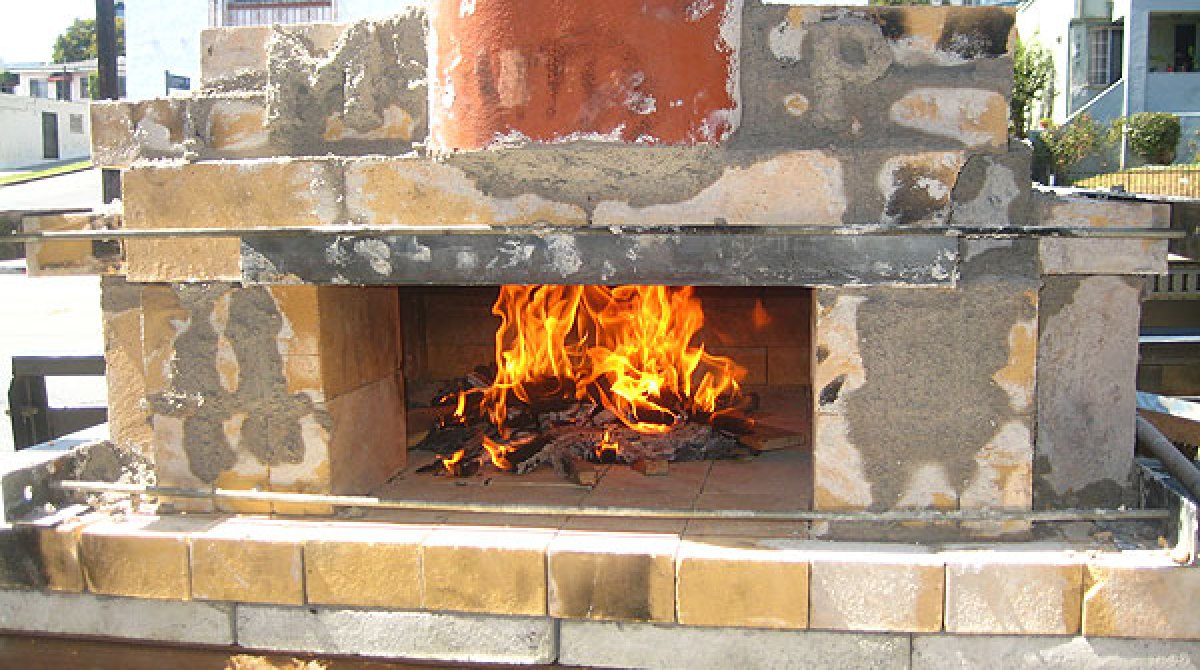 how to build a temporary wood fired pizza oven make