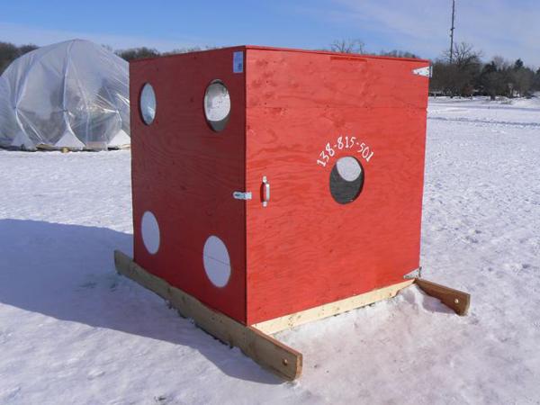 Art shanties return to the tundra