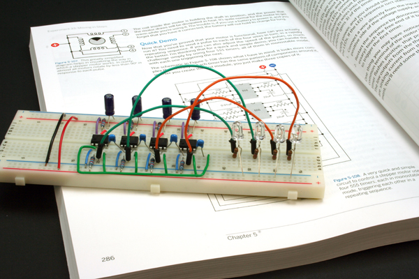 Make: Electronics – Experiment #33, Moving in steps