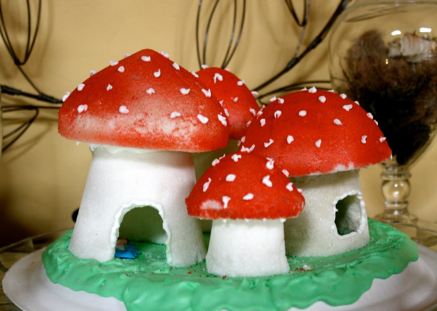 How-To: Pressed Sugar 'Shrooms