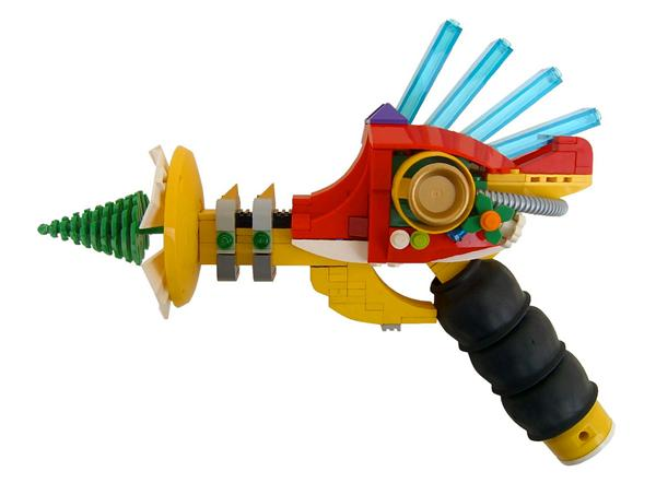 Xmas-themed Lego ray gun
