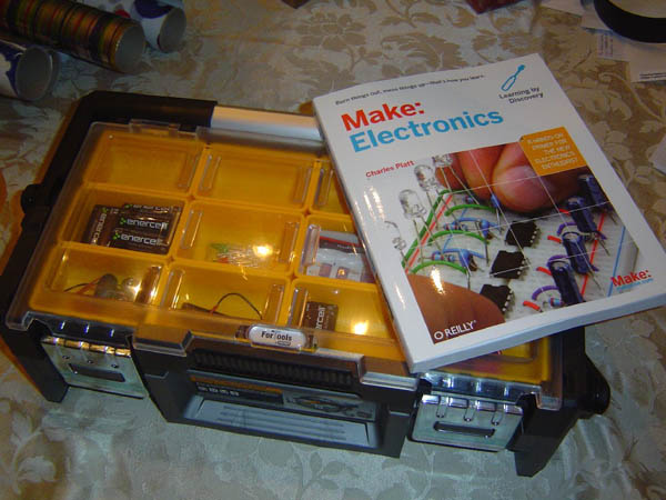A Make: Electronics lab journal