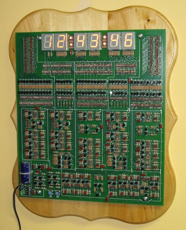Digital clock with no ICs
