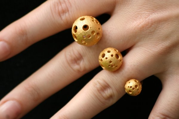 Shapeways goes gold