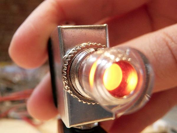 How-To: Radioshack light-up switch hack