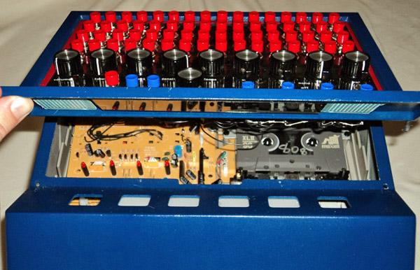 Drumsette, 4-track cassette-based drum machine