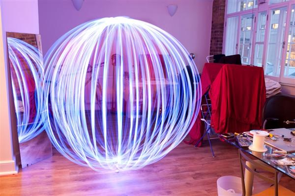 """How-To:  """"Light orb"""" tool for light painting"""